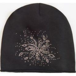 Czapki zimowe damskie: Dresowa czapka – Czarny