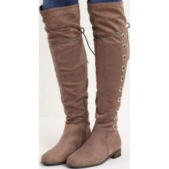 Khaki Kozaki Inspiration. Brązowe buty zimowe damskie marki Born2be, na płaskiej podeszwie. Za 89,99 zł.