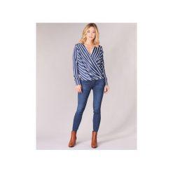 Jeansy slim fit Guess  CURVE X. Niebieskie jeansy damskie relaxed fit marki Guess. Za 399,00 zł.