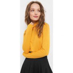 Lekki sweter z golfem. Żółte t-shirty damskie Orsay, xs, z dzianiny, z golfem. Za 39,99 zł.