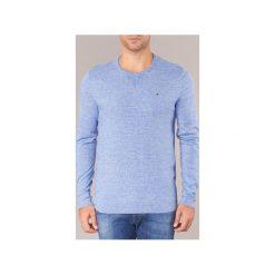 Swetry Tommy Jeans  TJM BASIC CN SWEATER. Niebieskie swetry klasyczne męskie marki Tommy Jeans, m, z jeansu. Za 319,20 zł.