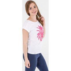 4f Koszulka damska H4L17-TSD010 4F biała r. M (H4L17-TSD010). Białe topy sportowe damskie 4f, l. Za 24,79 zł.