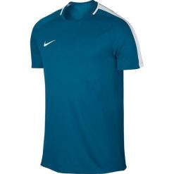 Nike Koszulka piłkarska męska Dry Academy Top SS niebieska r. M  (832967 457). Niebieskie koszulki do piłki nożnej męskie marki Nike, m. Za 65,01 zł.