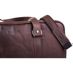 Skórzana miejska torba na ramię ciemny brąz. Brązowe torby na ramię męskie marki Brødrene, ze skóry. Za 350,00 zł.
