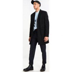 New Look SMART Krótki płaszcz black. Czarne płaszcze wełniane męskie marki New Look, na obcasie. Za 359,00 zł.