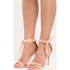 Różowe Sandały Staple. Czerwone sandały damskie Born2be, z materiału, na wysokim obcasie, na obcasie. Za 69,99 zł.