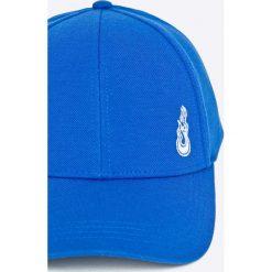 Tommy Hilfiger - Czapka Gigi Hadid. Niebieskie czapki z daszkiem damskie TOMMY HILFIGER, z bawełny. W wyprzedaży za 129,90 zł.