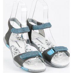 HASBY płaskie sandały na rzep odcienie szarości i srebra. Szare sandały damskie HASBY, na płaskiej podeszwie. Za 99,90 zł.