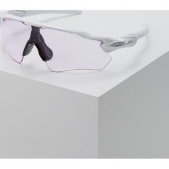 Oakley RADAR EV PATH Okulary przeciwsłoneczne prizm low light. Białe okulary przeciwsłoneczne damskie lenonki marki Oakley. Za 719,00 zł.