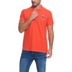 Koszulka polo w kolorze pomarańczowym. Brązowe koszulki polo Camel Active, Varsity, l. W wyprzedaży za 72,95 zł.