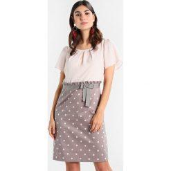 Sukienki hiszpanki: comma KURZ Sukienka letnia taupe
