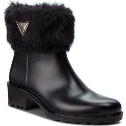 Kalosze GUESS - FLVNT3 RUB09 BLKBL. Niebieskie buty zimowe damskie marki Guess, z materiału. W wyprzedaży za 349,00 zł.
