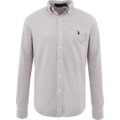Polo Ralph Lauren LONG SLEEVE Koszula andover heather. Szare koszule męskie marki Polo Ralph Lauren, l, z bawełny, button down, z długim rękawem. Za 459,00 zł.