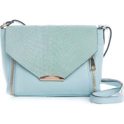 Torebki klasyczne damskie: Skórzana torebka w kolorze błękitnym – 20 x 16 x 6 cm