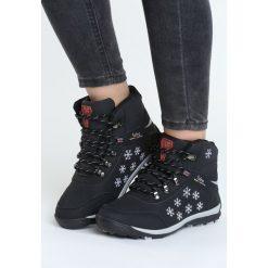 Czarne Traperki Lustrous. Czarne buty zimowe damskie marki Born2be, ze skóry, na płaskiej podeszwie. Za 139,99 zł.