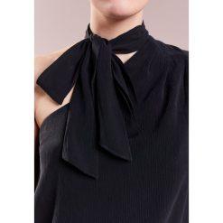 AG Jeans CUTOUT Bluzka black. Czarne bralety marki AG Jeans, l, z jeansu. W wyprzedaży za 419,60 zł.