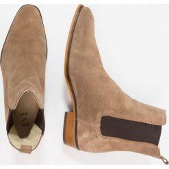 Botki męskie: Shoe The Bear JOEL Botki sand