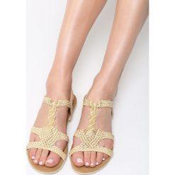 Beżowe Sandały Double Trouble. Brązowe sandały damskie vices, na płaskiej podeszwie. Za 89,99 zł.