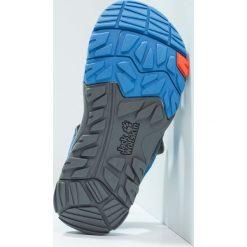 Jack Wolfskin PUNO BAY SPLASH Sandały trekkingowe wave blue. Niebieskie sandały chłopięce marki Jack Wolfskin, z materiału. W wyprzedaży za 137,40 zł.