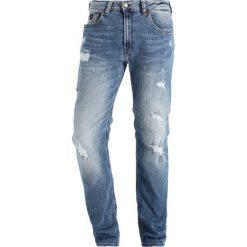 Jeansy męskie regular: Kaporal Jeansy Straight Leg breez destroy