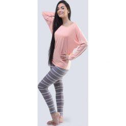 Damska piżama z kimonowymi rękawami Winter. Szare piżamy damskie Astratex, w geometryczne wzory, z bawełny. Za 103,31 zł.