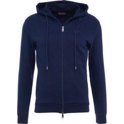 Emporio Armani ZIPPED HOODIE  Bluza rozpinana blue. Niebieskie bluzy męskie rozpinane marki Emporio Armani, m, z bawełny. W wyprzedaży za 468,30 zł.
