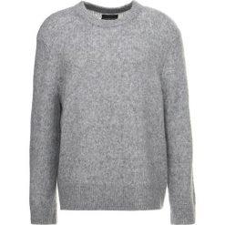 AllSaints HARNDEN CREW Sweter grey marl. Szare kardigany męskie marki AllSaints, m, ze lnu. W wyprzedaży za 369,85 zł.