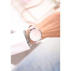 Różowo-Beżowy Zegarek Don't Run Away. Czerwone zegarki damskie other. Za 29,99 zł.