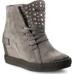 Sneakersy CARINII - B4392 J51-000-000-B88. Szare sneakersy damskie Carinii, z nubiku. W wyprzedaży za 289,00 zł.