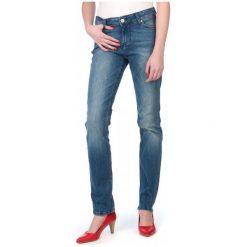 Mustang Jeansy Damskie Jasmin 26/34 Niebieski. Niebieskie jeansy damskie marki Mustang, z aplikacjami, z bawełny. W wyprzedaży za 225,00 zł.
