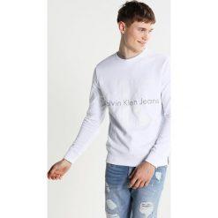 Calvin Klein Jeans HICUS TRUE ICON  Bluza bright white. Białe kardigany męskie marki Calvin Klein Jeans, m, z bawełny. W wyprzedaży za 359,20 zł.