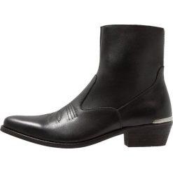 Shoe The Bear ENZO Botki kowbojki i motocyklowe black. Czarne botki męskie Shoe The Bear, z materiału. Za 799,00 zł.