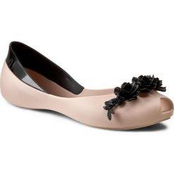 Baleriny MELISSA - AH+Melissa Flower Queen Ad 31662 Beige/Black 51485. Szare meliski damskie marki Melissa, z gumy. W wyprzedaży za 259,00 zł.