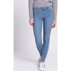 Vero Moda - Jeansy. Niebieskie jeansy damskie marki Vero Moda, z bawełny. W wyprzedaży za 79,90 zł.