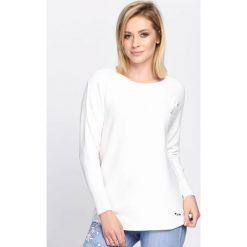 Biały Sweter Pretty Cool. Białe swetry klasyczne damskie marki Born2be, l, z okrągłym kołnierzem. Za 74,99 zł.