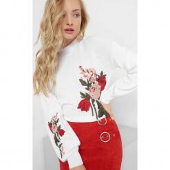 Sweter z kwiatowym haftem. Brązowe swetry oversize damskie marki Orsay, s, z dzianiny. Za 99,99 zł.