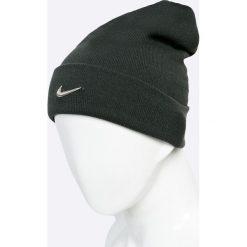 Nike Sportswear - Czapka. Czarne czapki zimowe męskie Nike Sportswear, na zimę, z dzianiny. W wyprzedaży za 59,90 zł.