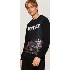 Bluza z fotonadrukiem - Czarny. Czarne bluzy męskie rozpinane marki House, l, z nadrukiem. Za 119,99 zł.