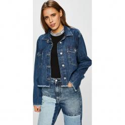 Levi's - Kurtka. Brązowe kurtki damskie jeansowe marki Levi's®, z obniżonym stanem. Za 299,90 zł.