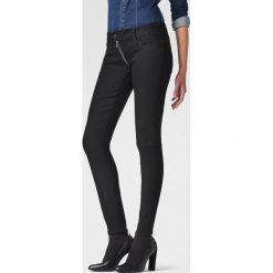 G-Star Raw - Jeansy Lynn Zip Mid Skinny WMN. Czarne jeansy damskie rurki marki G-Star RAW. W wyprzedaży za 449,90 zł.
