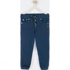 Spodnie. Niebieskie chinosy chłopięce STREET VIBER, z bawełny. Za 89,90 zł.