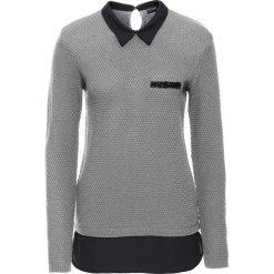 Sweter z bluzką 2 w 1 bonprix szary melanż. Niebieskie swetry klasyczne damskie marki bonprix, z nadrukiem. Za 99,99 zł.