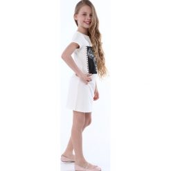Sukienka dziewczęca z aplikacją kremowa NDZ8380. Szare sukienki dziewczęce marki Fasardi. Za 49,00 zł.