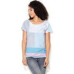 Colour Pleasure Koszulka damska CP-034  27 niebiesko-szaro-różowo-biała r. XXXL-XXXXL. Fioletowe bluzki damskie marki Colour pleasure, uniwersalny. Za 70,35 zł.