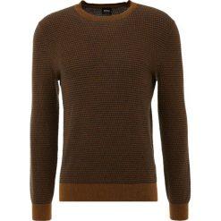 BOSS CASUAL KAVIVI Sweter rust/copper. Czerwone swetry klasyczne męskie BOSS Casual, m, z bawełny. Za 579,00 zł.