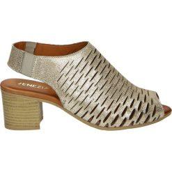 Sandały damskie: Sandały – 107154 BEI CR