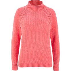 Swetry klasyczne damskie: Sweter z szenili bonprix koralowy
