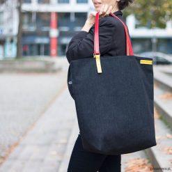 BANDA czarna. Czarne torby na laptopa marki Pakamera. Za 230,00 zł.