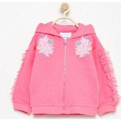 Bluza z tiulowymi falbankami - Różowy. Czerwone bluzy dziewczęce rozpinane Reserved, z tiulu. W wyprzedaży za 29,99 zł.