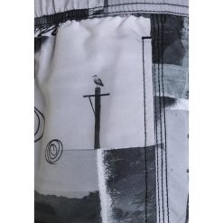 Billabong PALMORIES LAYBACK Szorty kąpielowe black. Czarne kąpielówki chłopięce marki Billabong, z materiału. W wyprzedaży za 152,10 zł.